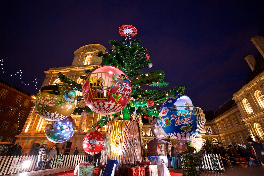 Amiens. Coup d'envoi du Marché de Noël