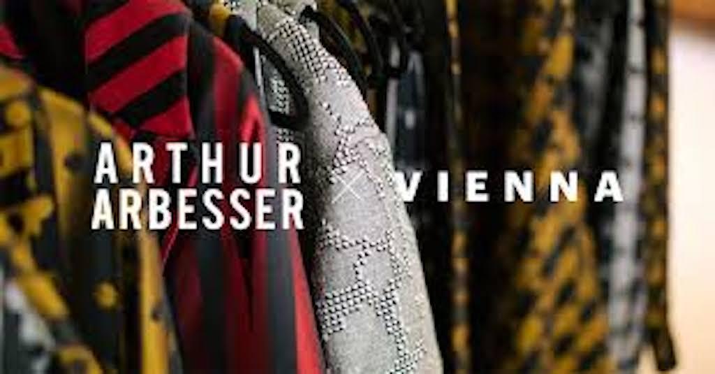 Fashion Week : Le créateur de mode Arthur ARBESSER célèbre le mouvement moderniste viennois