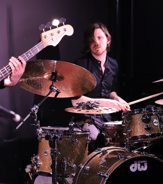 Jordi GEUENS - batteur - concert James & Black