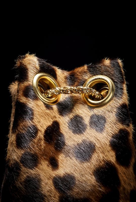 leopard - HOT CHOCOLATE CHEZ DELAFON PARIS ZENITUDE PROFONDE LE MAG