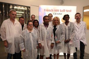 Brigitte Macron AUTOTEST VIH® LAURÉAT DU PRIX GALIEN INTERNATIONAL 2018 - ZENITUDE PROFONDE LE MAG