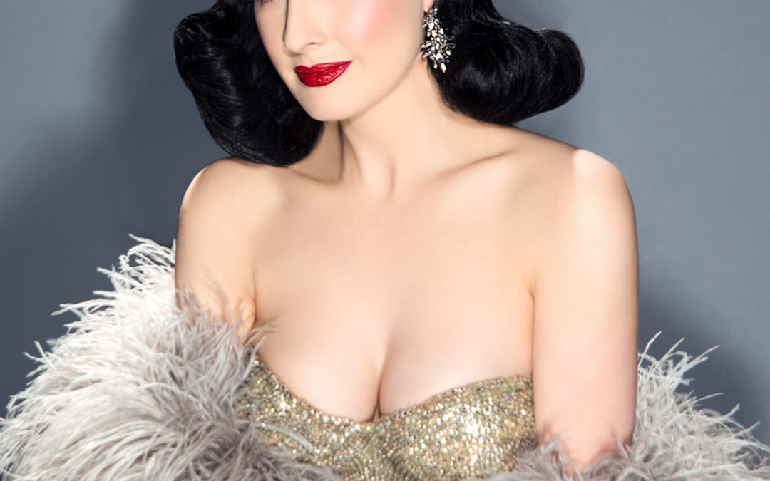 DITA VON TEESE GUEST-STAR DU FASHION FREAK SHOW DE JEAN PAUL GAULTIER