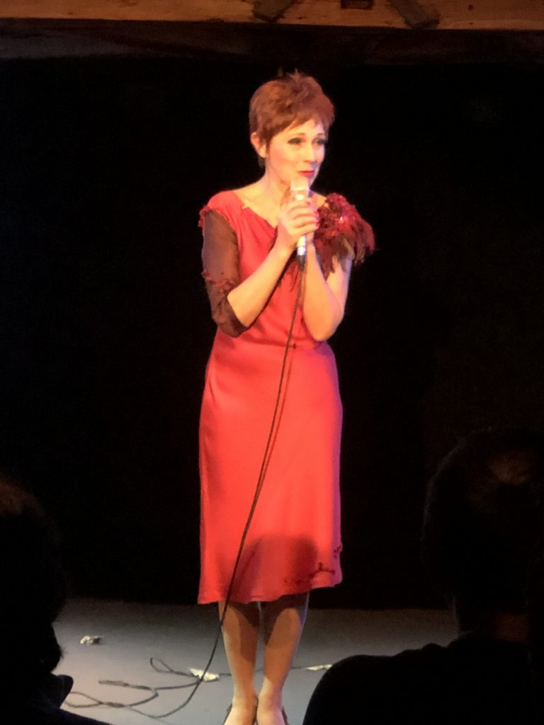 Anne Peko - Ma cantate à Barbara - Théâtre des Variétés.