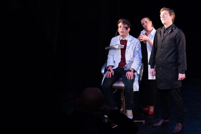 Benjamin Sulpice (Lamb), Emilie RODRIGUEZ (Miss Cutts), Rodolphe Milton