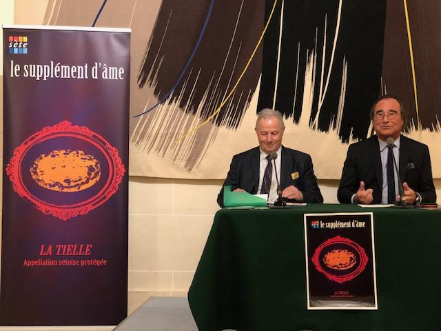 François Commeinhes,Maire de Sète et Président de Sète Agglopôle Méditerranéeet Christian Dassé,Président de l'Association pour la Promotion de la Gastronomie Sétoise