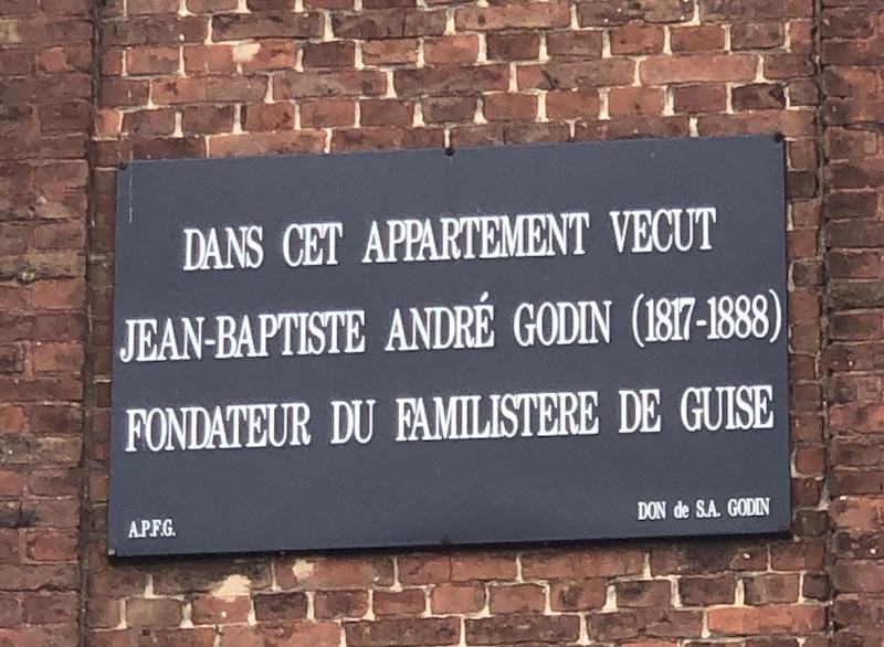 FAMILISTERE DE GUISE Appartement Godin  - ©zenitudeprofondelemag.com