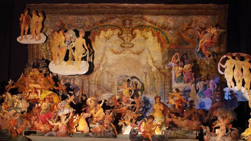 Scène d'apothéose du théâtre forain Musée des Arts Forains