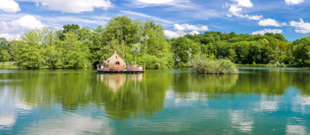 vacances au bord de beau-rives-de-reve-zenitudeprofondelemag.com