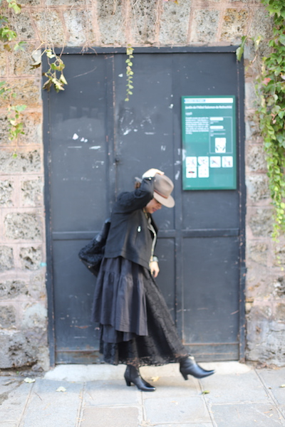LOOK PERFECTO BLEU BONHEUR - Crédits photos: zenitudeprofondelemag.com